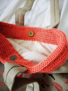 TRAISTA URBANA - Doua Pisici Burlap, Reusable Tote Bags, Accessories, Fashion, Moda, Hessian Fabric, Fasion, Fashion Illustrations, Fashion Models