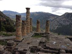 Δελφοί (Delphi) στην πόλη Φωκίδα, Φωκίδα Places In Greece, Historical Sites, Four Square, Places Ive Been, Mount Rushmore, To Go, Mountains, Modern, Travel