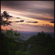 Tramonto dal Castello di Bianello, Reggio Emilia - Instagram by gionnina