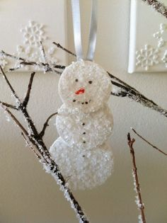 ornament idea  could use any shape or initial  maybe make a magnet    http://sparklepantsgirl.com/2011/12/mr-frosty-ornaments/