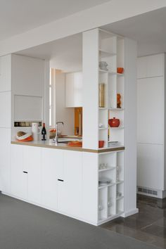 I love the simplicity of the cupboards below the kitchen, sometime these small things make all the difference