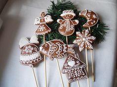 .Lebkuchen Snowman Cookies, Cake Cookies, Cupcake Cakes, Cupcakes, Snowflake Christmas Cookies, Christmas Snowman, Gingerbread Houses, Gingerbread Cookies, Honey Cookies