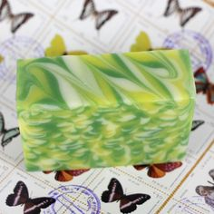 Impressionist soap tutorial. Great slow moving soap recipe to use with squirt bottles.