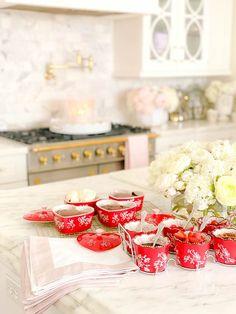 heart dishes Valentine's Day Heart Brownie Sundae Recipe #browniesundae #browniesunday #sundaerecipe #valentinesideas #valentinesparty #valentinesday #galentinesparty #galentinesday #galentinesdayparty #valentinesdayparty #brownierecipe #brownies #bakingrecipe #partyrecipe #valentinesrecipe #happyheartday #baker #ramekin #ramekins