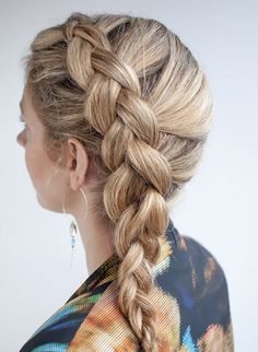 Learn how to DIY a Dutch side braid with this tutorial.