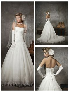 IVORY STRAPLESS SWEETHEART PLEATED TULLE ACCENTED WEDDING DRESS