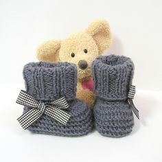 Chaussons bébé gris foncé à revers 0/3 mois Tricotmuse : Mode Bébé par tricotmuse
