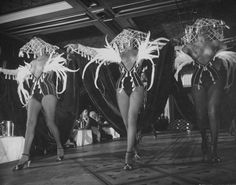 Lido Club. Paris 1949. Photograph: Gjon Mili,