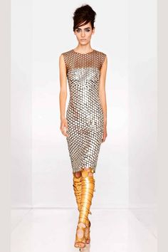 All about #chains - silver chain mail dress by Tom Ford S/S 2013 #tomford