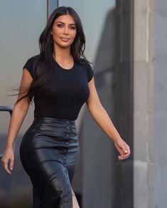 Kim Kardashian Blazer, Look Kim Kardashian, Kim Kardashian Wedding, Estilo Kardashian, Kardashian Jenner, Kardashian Kollection, Kendall Jenner, Elegantes Outfit Frau, Kim K Style