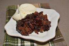 Hot Fudge Pudding Cake | The Cookin Chicks