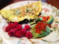 Olive and Kale Omelet, Avocado with Salmon Roe, and Raspberries: 10/12/13