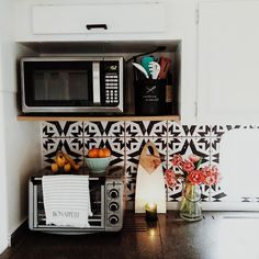Bohemian Style in RV's, Trailers, and Campers - RV Life Military Style Tiny Living, Home And Living, Living Spaces, Bungalow, Humble Abode, My New Room, First Home, Apartment Living, Apartment Kitchen