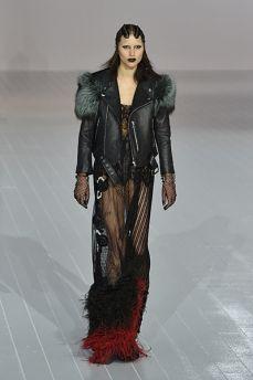 Marc Jacobs encerra a NYFW com Gaga e Kendall Jenner na passarela