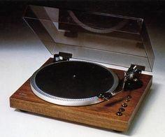 YAMAHA YP-D3 1978 yıllarca zevkle kullandım.
