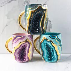 Geode Mug, Agate Crystal Mug In Porcelain With Gold, Geode Mug Modern Mud – Pottery Porcelain Ceramics, Ceramic Mugs, Painted Porcelain, Hand Painted, Hand Carved, Porcelain Skin, Fine Porcelain, Porcelain Tile, Resin Crafts