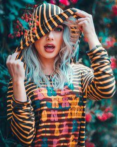 Stylish dpz for girlz Cute Kids Photography, Girl Photography Poses, Stylish Girls Photos, Stylish Girl Pic, Girl Pictures, Girl Photos, Edit Photos, Selfies, Couple Photoshoot Poses