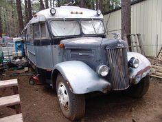 1948 WHITE BUS/MOTORHOME - $12000