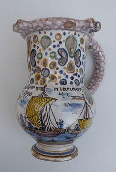 Nevers, Pichet trompeur de marinier , beau décor de bateaux, sans réserve