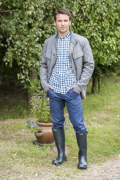 Barbour quilted jacket, £139, Barbour Classic boots, £74.95, The Golden Fleece, Rye www.thegoldenfleece.co.uk; Brakeburn chinos, £45, Joules short sleeve shirt, £27.26, Charity Farm Countrystore, Cranbrook www.charityfarmcountrystore.co.uk #WTfashion