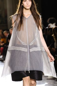 Rick Owens Spring 2015 Ready-to-Wear - Details - Gallery - Look 3 - Style.com