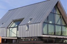 Metal Roof Installation, Mansard Roof, Corrugated Roofing, New Farm, Attic Rooms, Metal Homes, Exterior House Colors, Roof Design, Cladding
