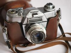 Here's what I use: a Voigtländer Bessamatic Deluxe.