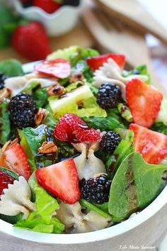 Mixed Berry Spinach Pasta Salad makes a light & refreshing side dish @lifemadesweeter
