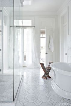 Amazing white bathroom featuring Walker Zenger tile, Hollywood Grand Pattern in Calacata from the Studio Moderne collection. From Veranda Magazine. Bad Inspiration, Bathroom Inspiration, Dream Bathrooms, Beautiful Bathrooms, Luxurious Bathrooms, Master Bathrooms, Master Baths, Small Bathrooms, Veranda Magazine