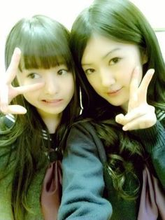 乃木坂46 (nogizaka46) Ito Marika (伊藤 万理華) and Higuchi Hina (樋口 日奈) =)