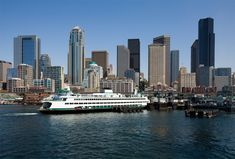 Moving to Seattle INFORMATION ABOUT THE CITY OF SEATTLE AND LINKS TO GUIDE YOU IN YOUR MOVE TO THE EMERALD CITY