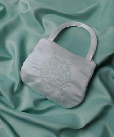 """Brauttaschen - Brauttasche """"Eule""""  bestickt ivory - ein Designerstück von Leaena bei DaWanda"""