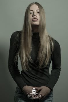 Anouk W | IFMMODELS.COM