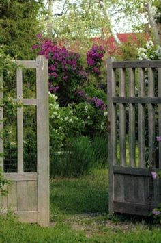 Cottage look to the gates goes great with our Cape Cod neighborhood!  And earthy too!