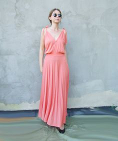 ac0d50e694567 70s Vintage Peach Pink Maxi Low back Disco Prom Dress / Salmon Pink Evening  Cocktail Party