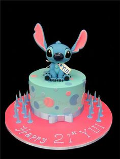 so ridiculously adorable! Lilo And Stitch Cake, Lilo E Stitch, Fancy Cakes, Cute Cakes, Planet Cake, Cute Desserts, French Desserts, First Communion Cakes, Paris Cakes