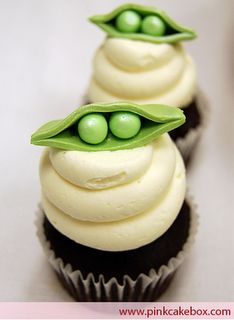 Peas in Pod Cupcakes. Neat idea, but i think the pod looks silly on top of the three plops of icing.