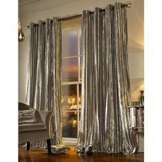 Create a sense of luxury and indulgence with the stunning Iliana curtains.