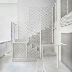 David Chipperfield arranca papel Driade com o Milan interior sala de exposições