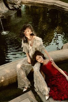 Love Liang and Layla wearing Rodarte for InStyle Magazine (ph: Amy Harrity). Outdoor Fashion Photography, Artistic Fashion Photography, Dreamy Photography, Fashion Photography Inspiration, Street Fashion Shoot, Fairytale Fashion, Instyle Magazine, Poses, Portrait