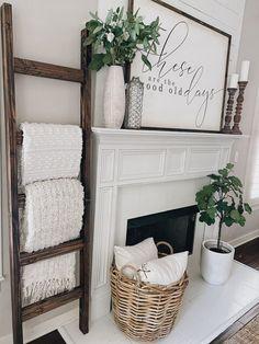 Home Decor Inspiration, Home Living Room, Farm House Living Room, Home Remodeling, Living Room Decor, Home Decor, House Interior, Home Diy, Home And Living