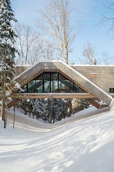 Gallery of Bridge House / LLAMA urban design - 13