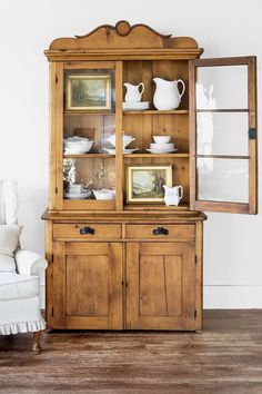 Your Guide to Antique Pine Furniture - Your Guide to Antique Pine Furniture – Ski Country Antiques & Home - Rustic Country Furniture, Rustic House, Cool Furniture, Home, Pine Furniture, Rustic Furniture, Country Furniture, White Furniture Living Room, Furniture
