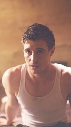 Max Irons. The host.