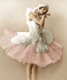 Anna Pavlova ♥ Wonderful! www.thewonderfulworldofdance.com #ballet #dance
