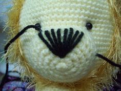 Tejidos Thina: LEÓN AMIGURUMI PATRÓN GRATIS Art Projects, Projects To Try, Amigurumi Patterns, Amigurumi Free, Beagle, Chihuahua, Kitty, Lion, Crochet Animal Patterns