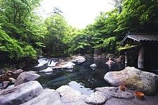 Yamamizuki onsen in Kurokawa: one of the best riverside baths in Japan. main bath is mixed, women-only bath is available farther up river.