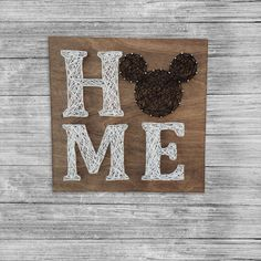Home Sign String Art/ mickey mouse home sign Disney Inspired Home Sign Black and White Art Disney Art – Disney Crafts Ideas Disney Art Diy, Disney Home Decor, Disney Crafts, Disney String Art, Nail String Art, Diy For Kids, Crafts For Kids, Mickey Mouse House, Deco Disney