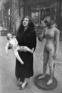 Henri Cartier-Bresson :: Italian artist Leonor Fini, Paris, 1932-33 / more [+] by this photographer related image of L. Fini by HCB, here