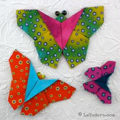 Fabric origami butterfly pattern. Fabric butterflies look great with fabric flowers! 3 sizes in tutorial as seen here.